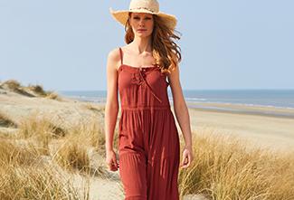 Le stress de la tenue ? Pas avec ces robes maxi estivales