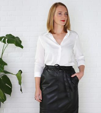 Conseil de mode: comment combiner votre blouse blanche avec style
