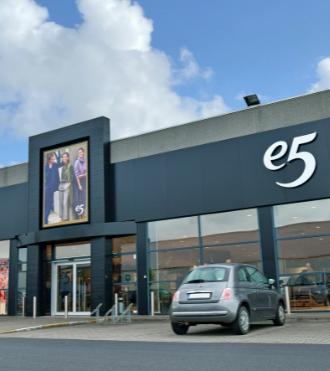09/2021 I e5 modeketen investeert fors in uitbreiding na succesvolle doorstart