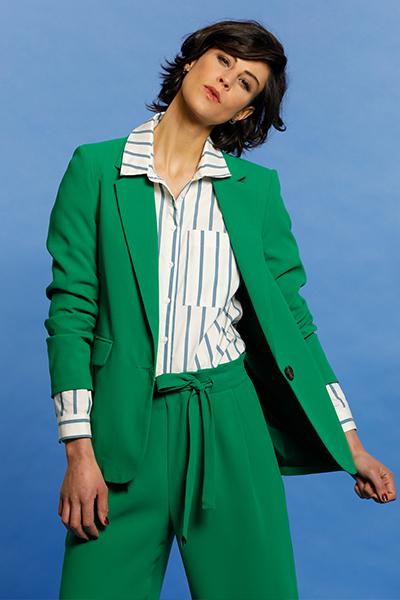 CONSEILS DE STYLE : comment porter la couleur tendance verte