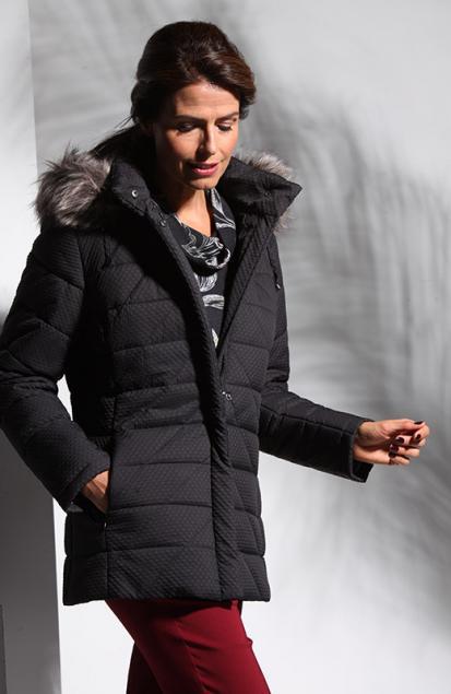Mantel gezocht