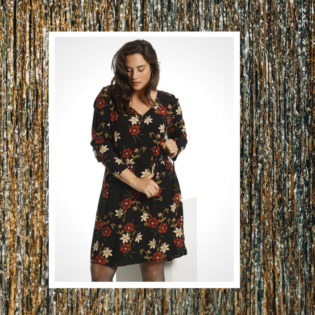 Junarose plus size kleedje met bloemenprint
