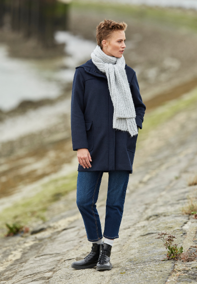 donkerblauwe sportieve jas met kap voor dames