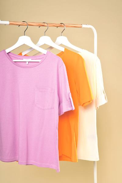 basics T-shirts in kleuren lila oranje roze wit