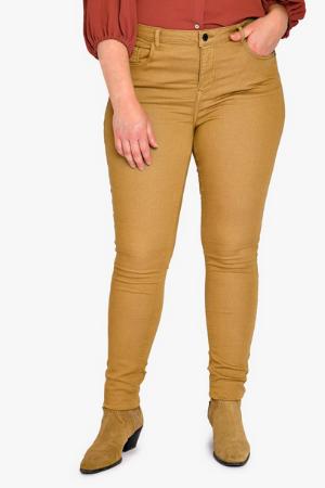 femme grandes tailles pantalons et jeans