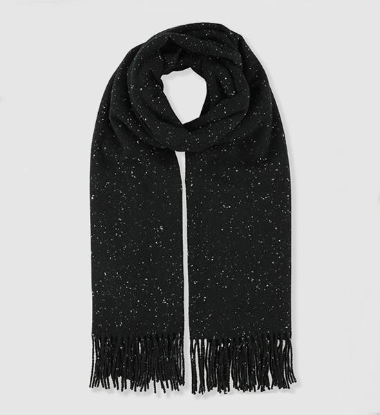 Écharpes en bonnets chauds